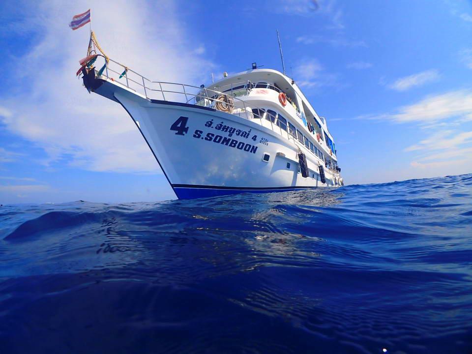シミラン諸島 シュノーケリング