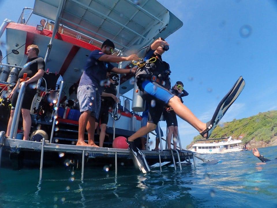プーケット ダイビング ジンベイザメ