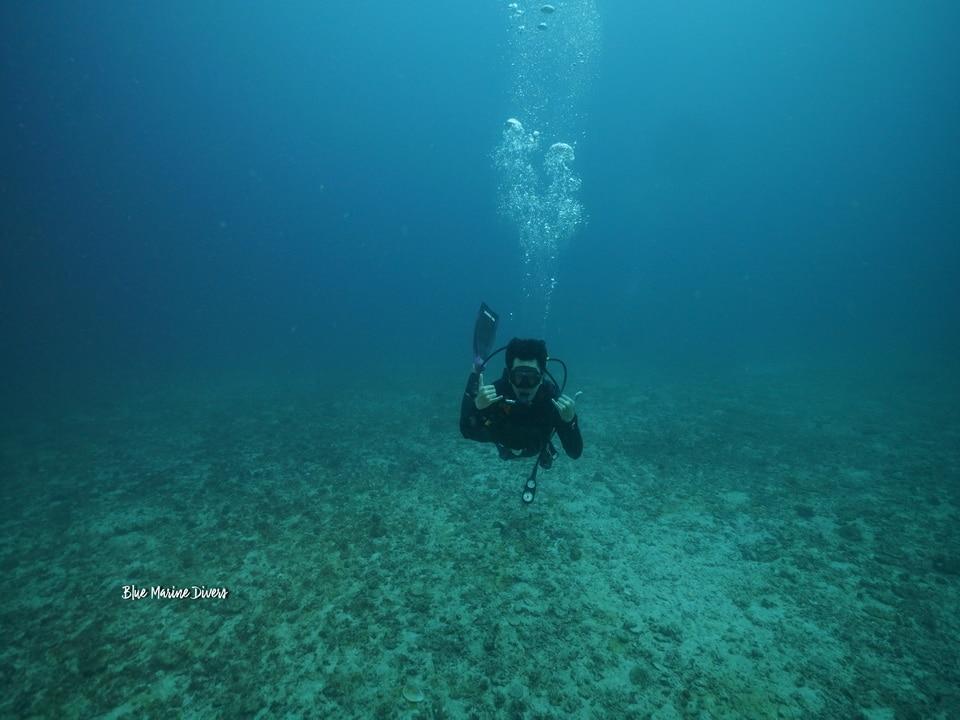 ラチャノイ島